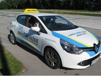 Vozniški izpit in tečaj varne vožnje