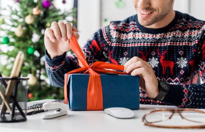 Novoletna darila rišejo nasmehe