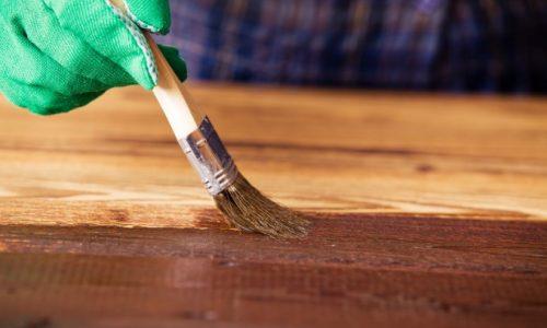 Ali olje za les zaščiti pred zunanjimi vplivi?
